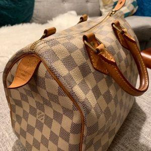 Louis Vuitton Bags - Gently Used Louis Vuitton Speedy 25 White Monogram
